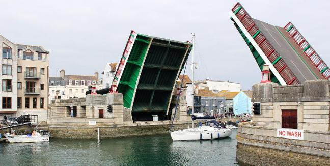 weymouth harbour road bridge