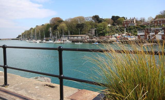 entrance to weymouth harbour